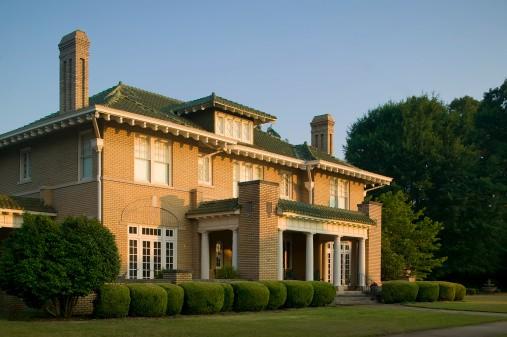 Luxury IItalian Villa in beautiful gardens