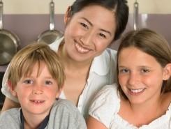 Nanny mit zwei Kindern