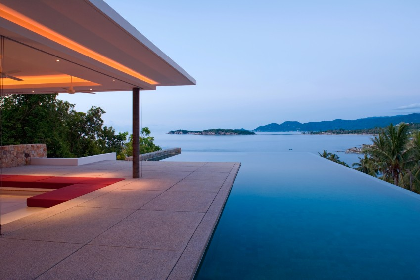 Stunning villa with sea views and infinity pool