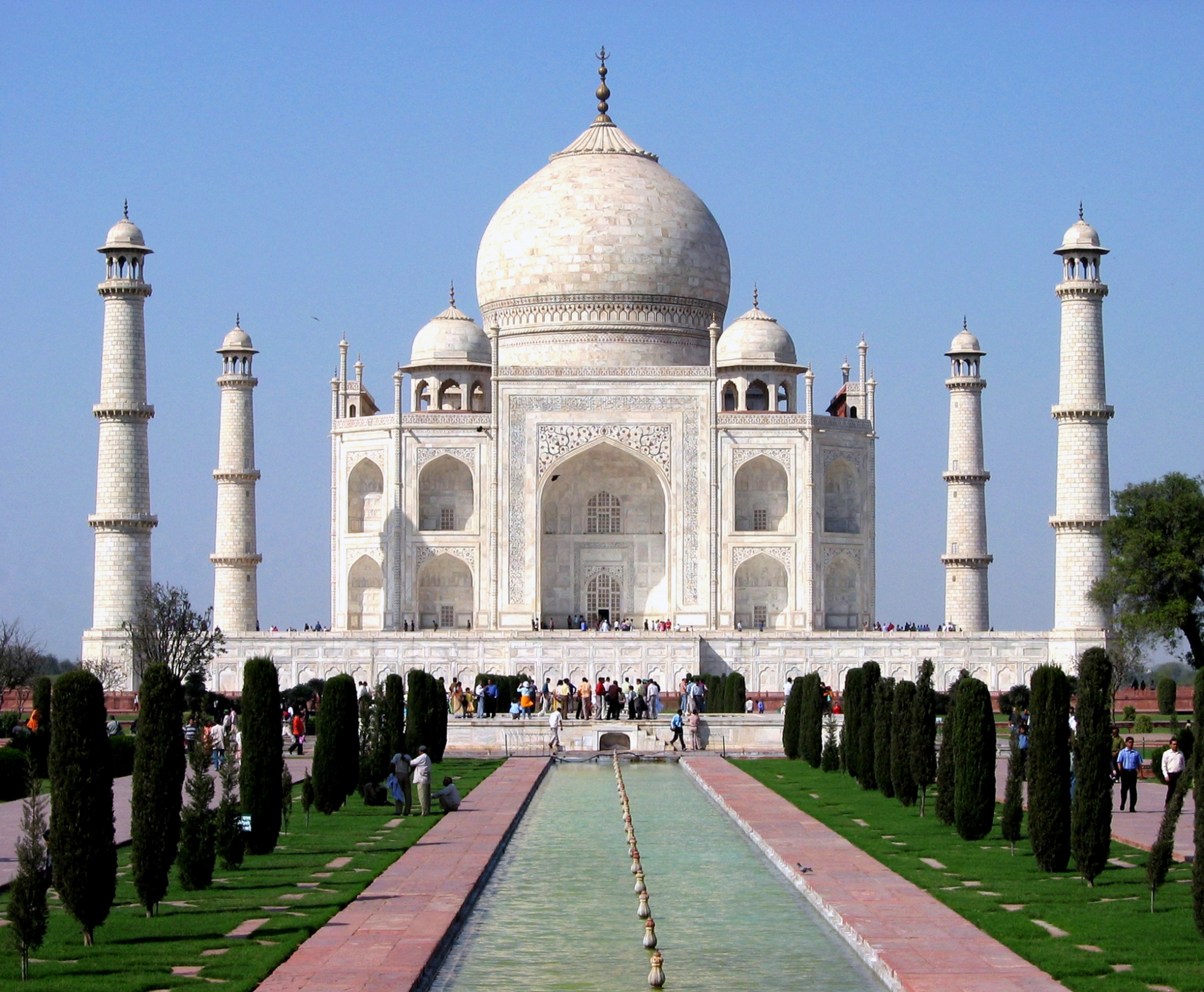 NEW DELHI invites you to delight in the trueflavors of Traditional ...