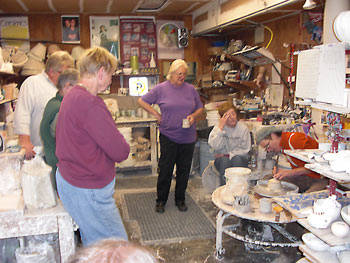 Peggy Loudon teaching ceramics
